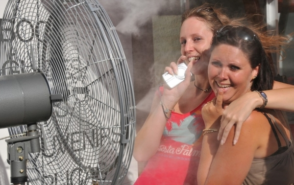 Portable Cooling Options For Your Outdoor Patio